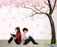 Thay giấy dán tường đón mùa thu